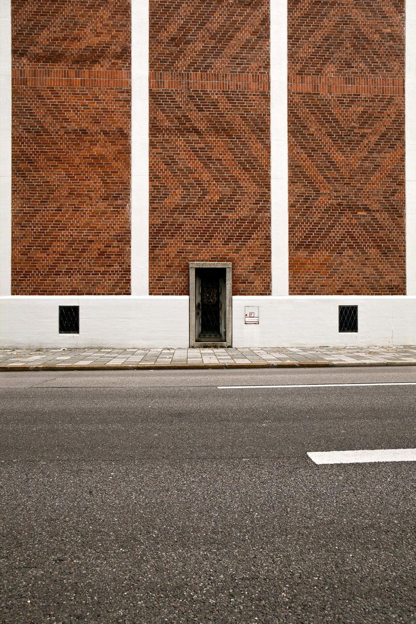 Bricks & Stripes 1
